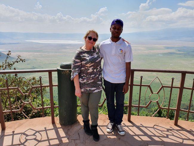 נקודת התצפית המפורסמת על מכתש Ngorongoro- באפריקה