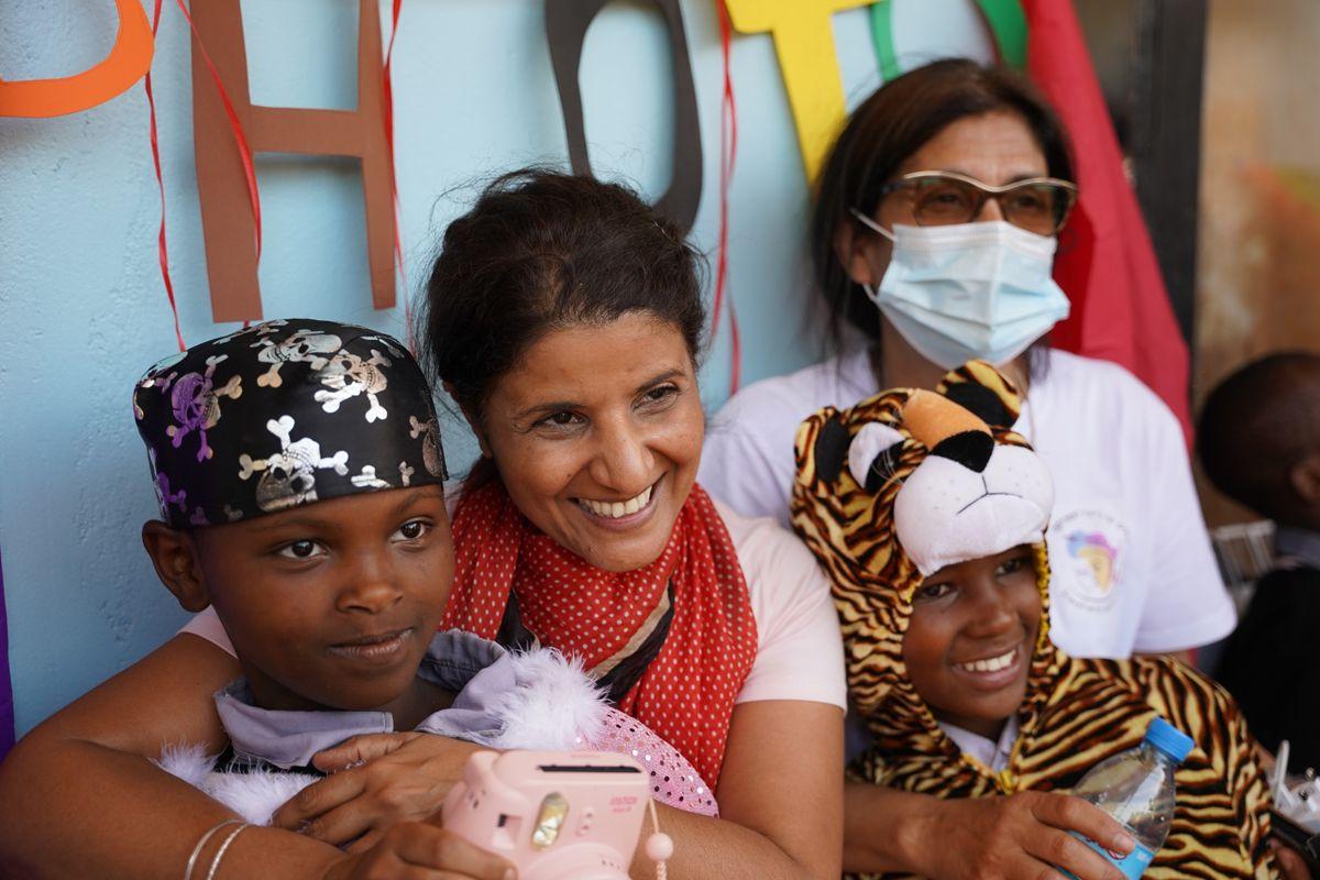 מטיילים ומתנדבים באפריקה- לטייל עם רייצ'ל