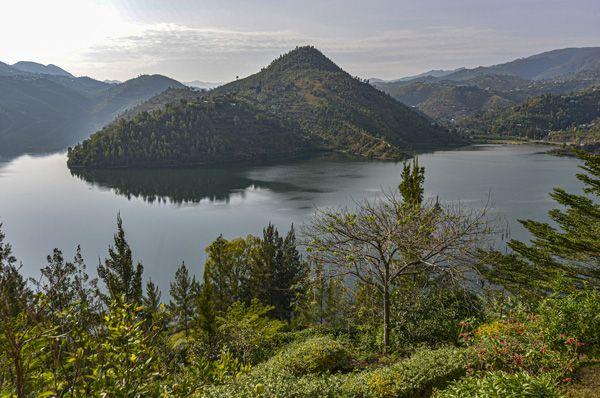 אגם קיוו ברואנדה אפריקה